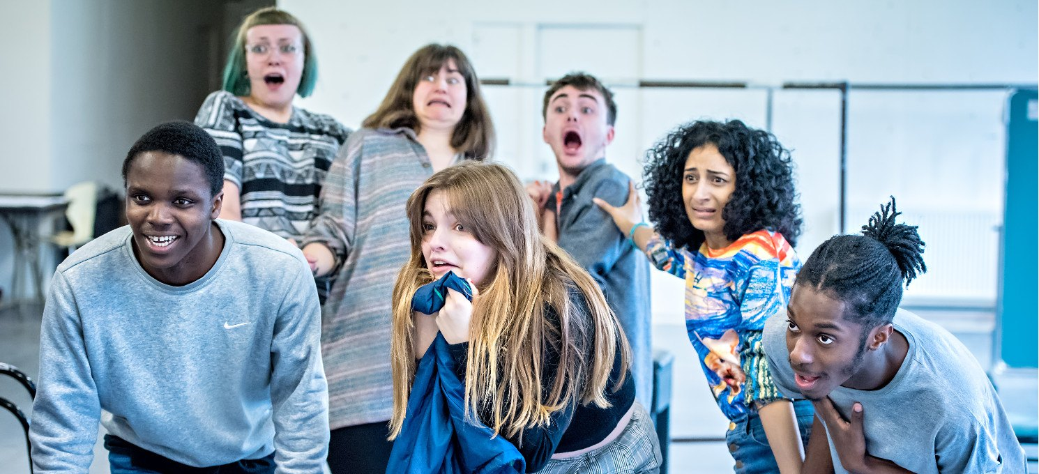 Youth Theatre Ensemble Acting  for 14 – 19 year olds: Exploring text